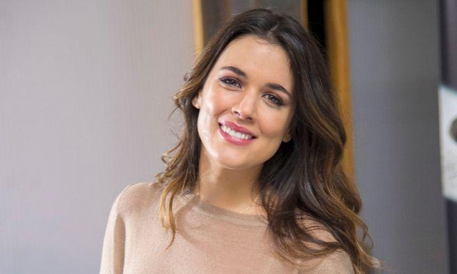 Adriana Ugarte viatja en el temps